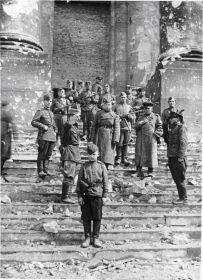 other-soldiers-files/u_reyhstaga_4.jpg