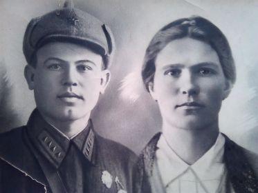 Александр Евгеньевич с женой Анной Алексеевной