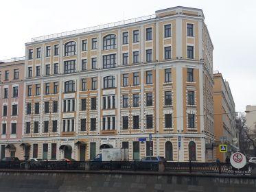 Проживала до призыва на военную службу: г.Москва ул.Осипенко ( Садовническая ) дом 80 кв.32