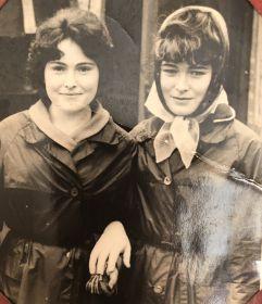 Родные сёстры Лида и Валя