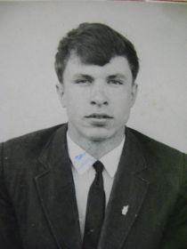 Сын Леонид на выпускном