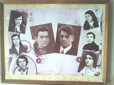 слева:Василий,Нина,Александр.справа:Вера,Коля,Люба.в центре Николай Николаевич с женой Александрой Сергеевной