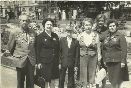 г. Черновцы 1984 г.// Бурылова Нина Матвеевна, Дремова Екатерина Павловна