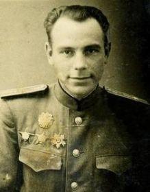 Заместитель командира роты 51 ОМПМБ капитан Носов Алифер Тимофеевич