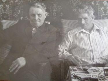 Вместе с братом Александром Андреевичем Тарабуевым.
