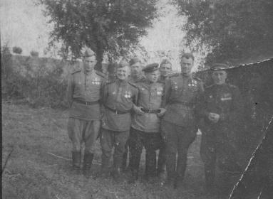 Шилов Петр Петрович - крайний слева. Польша.