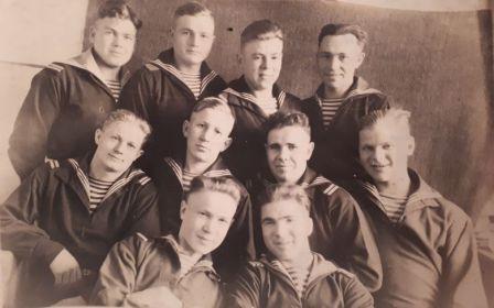 Владивосток Друзья по службе 1947 год