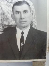 http://podvignaroda.ru/?#id=1112428213&tab=navDetailManCard       Головачев Яков Семенович