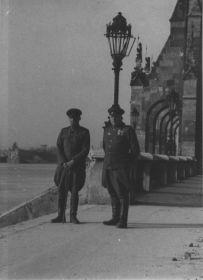 Малыгин В.А.  с сослуживцем. Венгрия 1945.