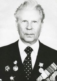 Уваров Алексей Егорович, стрелок-радист