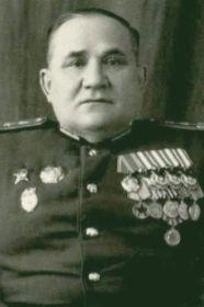 Тихоновых Петр Александрович