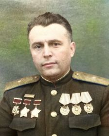 Петрушин Николай Васильевич- в 1942г. командир 129 танковой бригады