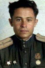 Бойник Борис Дмитриевич-командир взвода связи