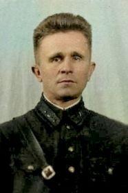 Мартемьянов Никандр Васильевич- командир роты управления в 1945г.