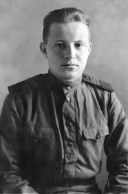 Трибунский Михаил Семёнович 1921-23.12.1944, ст. сержант, стрелок-радист