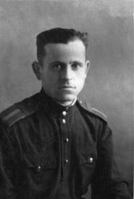 Хижняк Семён Иванович, старшина, техник авиавооружения
