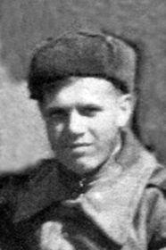 Ременяка Василий Никитич,1922-?, мл. сержант технической службы, моторист