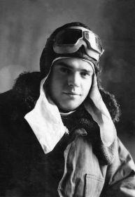 Шаварновский Александр Никитович 1920-07.03.1945, ст. сержант, воздушный стрелок
