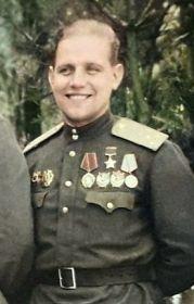 Коваленко Георгий Петрович- командир авиаэскадрильи