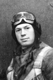 Колчин Михаил Петрович, 16.11.1918, лейтенант, штурман