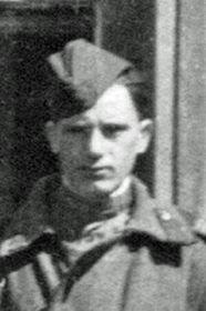 Овчаренко Николай Игнатьевич, 1918-?, ст. сержант, механик по вооружению