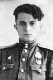 Акопянц (Акопьянц) Данил Аршакович, 1919-?, лейтенант, штурман