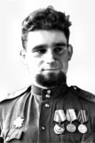 Гутарев Максим Павлович, 1923-?, лейтенант, командир звена