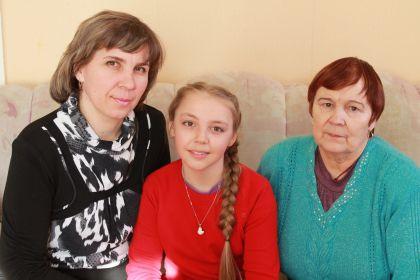 С мамой Элей.2014 г. Азово.