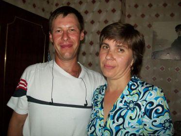 Внуки Вячеслав и Марина. 2011 г. Барнаул