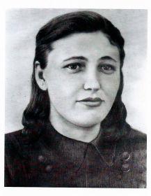 Новикова (Есина) Клавдия Николаевна