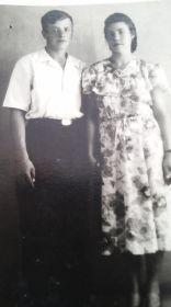 Дочь Клава с мужем Виктором Гусенковы