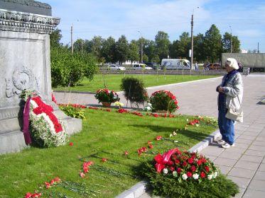 Дочь Пана. Невское кладбище, Санкт Петербург