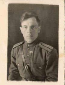 Могилкин Иван Васильевич, муж Валентины, тоже участник ВОВ