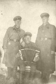 Исай Павлович с товарищами.
