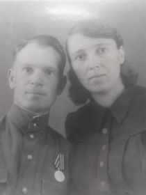 Бурцев Василий Михайлович с женой Александрой Михайловной.