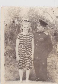 Валентина Максимовна с мужем Иваном Васильевичем