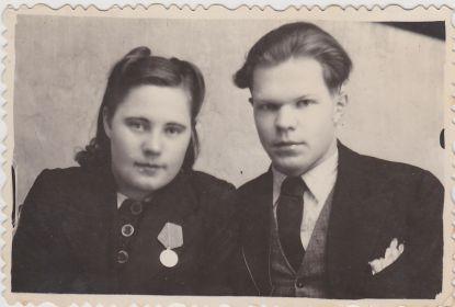 Сестра мужа Ивана - Екатерина с мужем Вячеславом13.12.1946. г.Карпинск