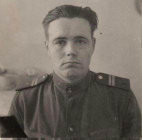 Мл. сержант Ядрихинский