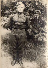 Сын Александра Ивановича - Вячеслав Мокин (1933г.р.) на службе в рядах СА в Германии. 25.07.1953г.