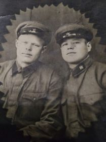 Слева Демидов НА, справа Степанов ПК - 1940год