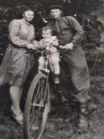 Брат Борис с семьей