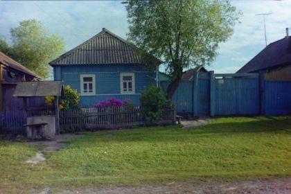 Дом, в котором жила семья Литвиновых. Село Фитиж, ул.Лебедевка, Льговский район, Курская область,Россия.