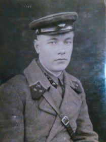Выпускник лейтенант ЛКАУ