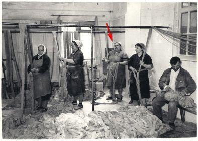 Сортировщицы (фабрика резино-плетельных изделий №2 Красная плетельщица)