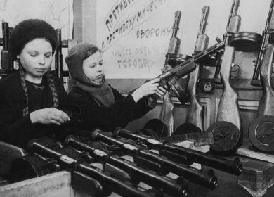 1943 год завод им. Воскова