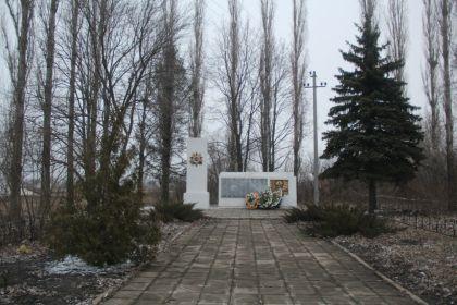 Памятник в Сенцово Липецкого района односельчанам, погибшим в годы Великой Отечественной войны