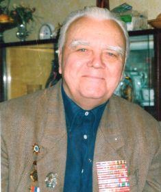 Друг и оодноклассник Шаева Владимира полковник в отставке, ветеран войны Абакумов Лев Дмитриевич