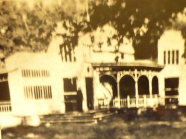 Дипломный проект Абакумова С.Г.- павильон для отдыха туляков. проект получил поощрительную премию в 1931 г. и Пушкинском саду на бывшей ул. Коммунаров в г. Туле