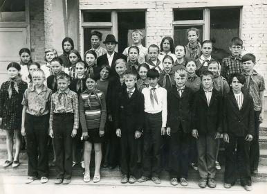 Новиков Николай Петрович со своими учениками