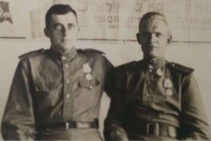 С другом Самохваловым Алексеем Родионовичем 1918г.р.